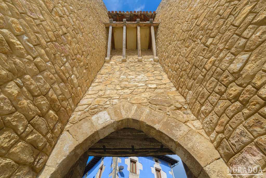 Puerta Sur de  Peñacerrada-Urizaharra
