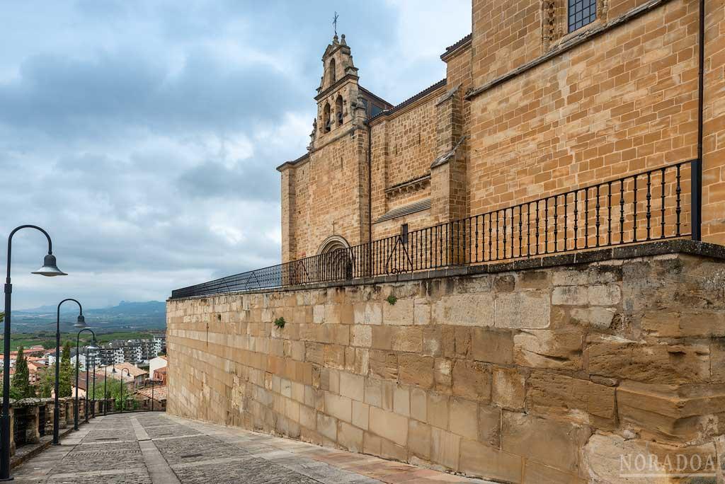 La ermita del Santo Cristo está situada en parte alta de Labastida, ofreciendo una bonita panorámica de la localidad