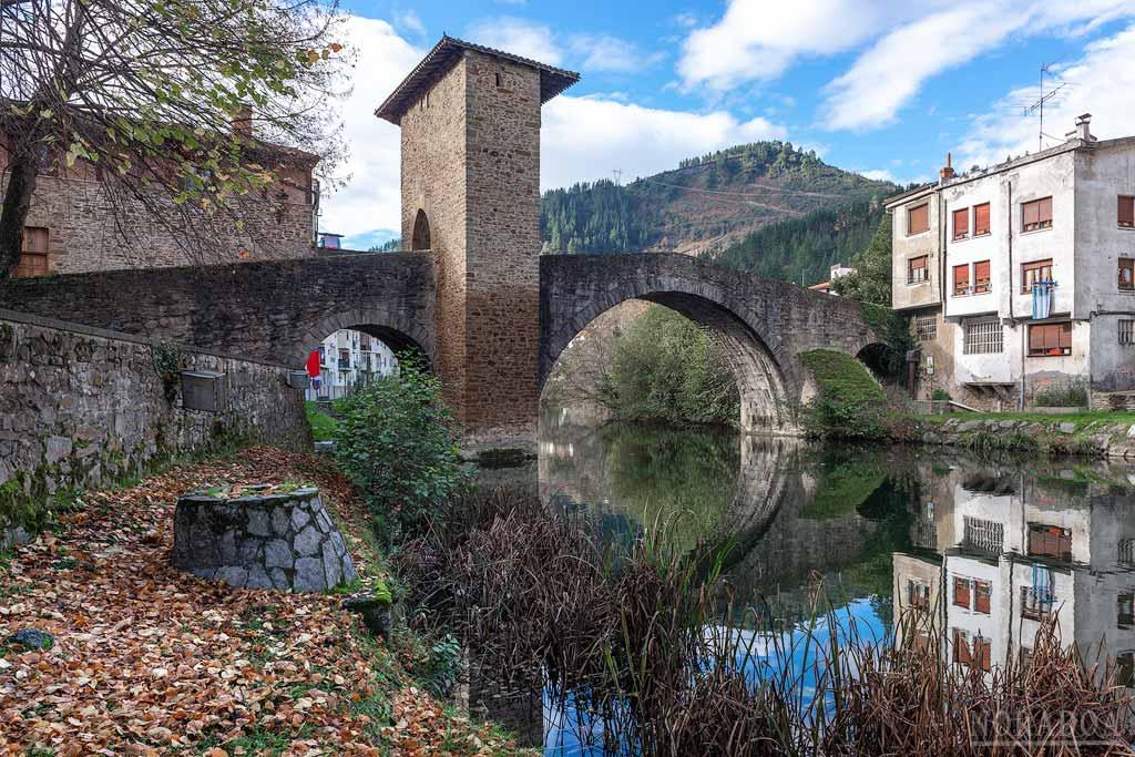 El Puente Viejo es el monumento más representativo de Balmaseda