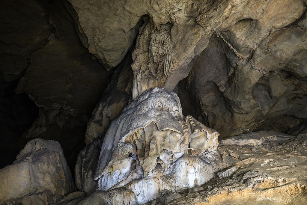 La cueva de Mairuelegorreta es la más conocida del parque natural del Gorbea