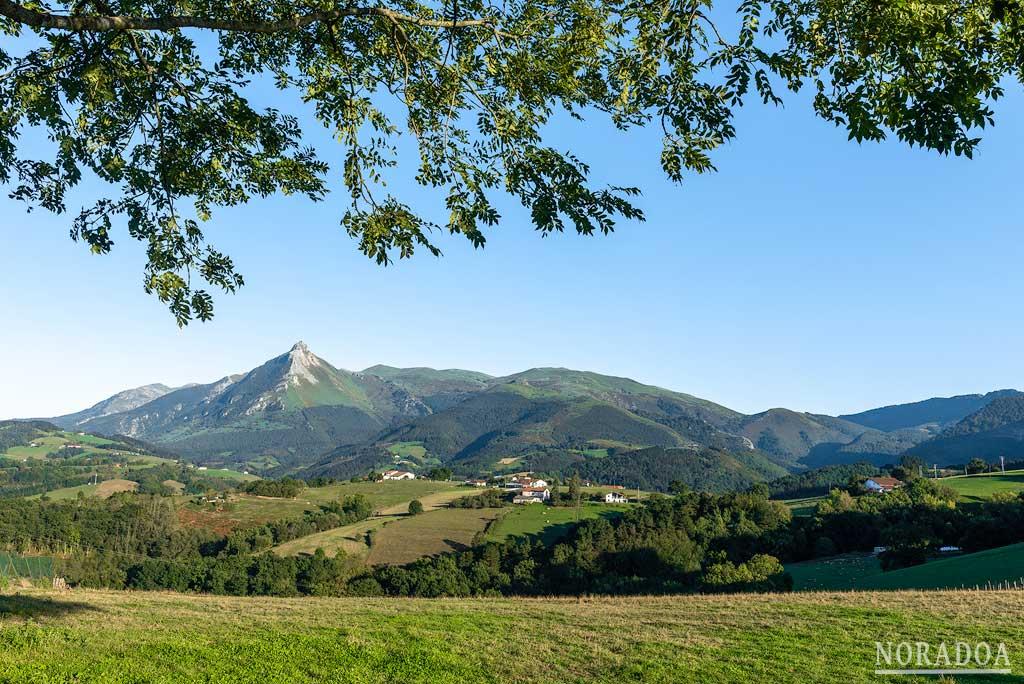 Monte Txindoki desde Lazkaomendi