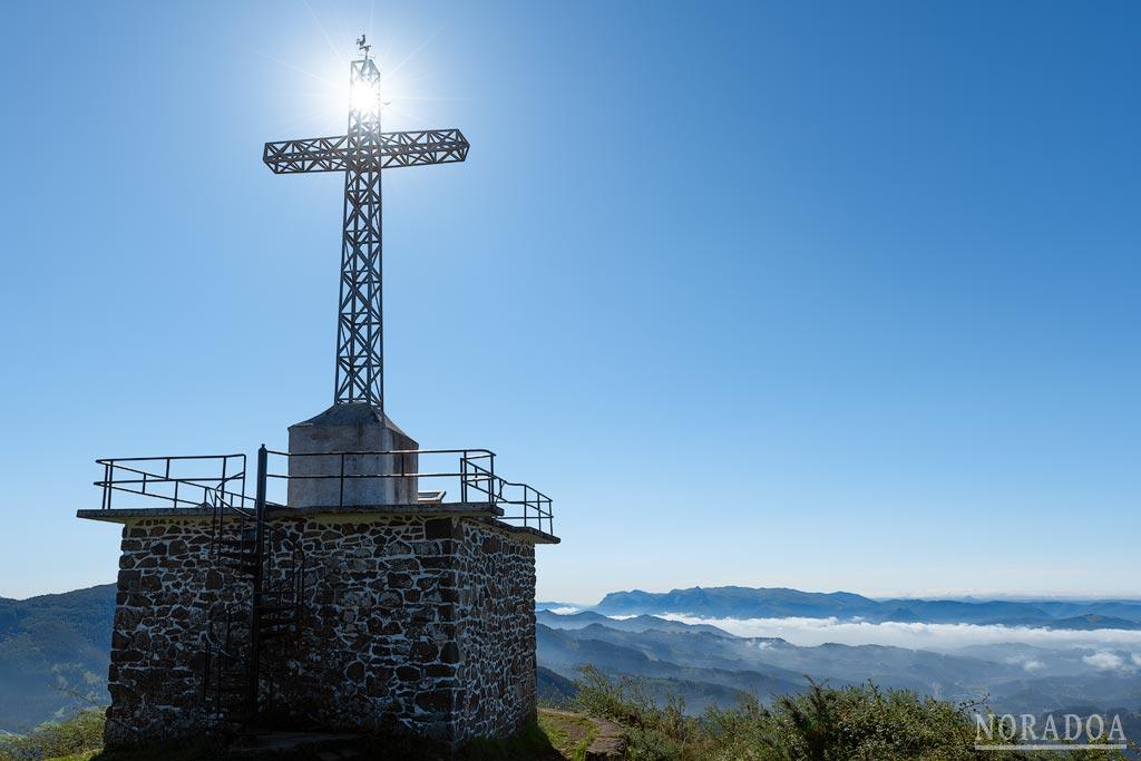 Cruz del monte Irimo en Urretxu