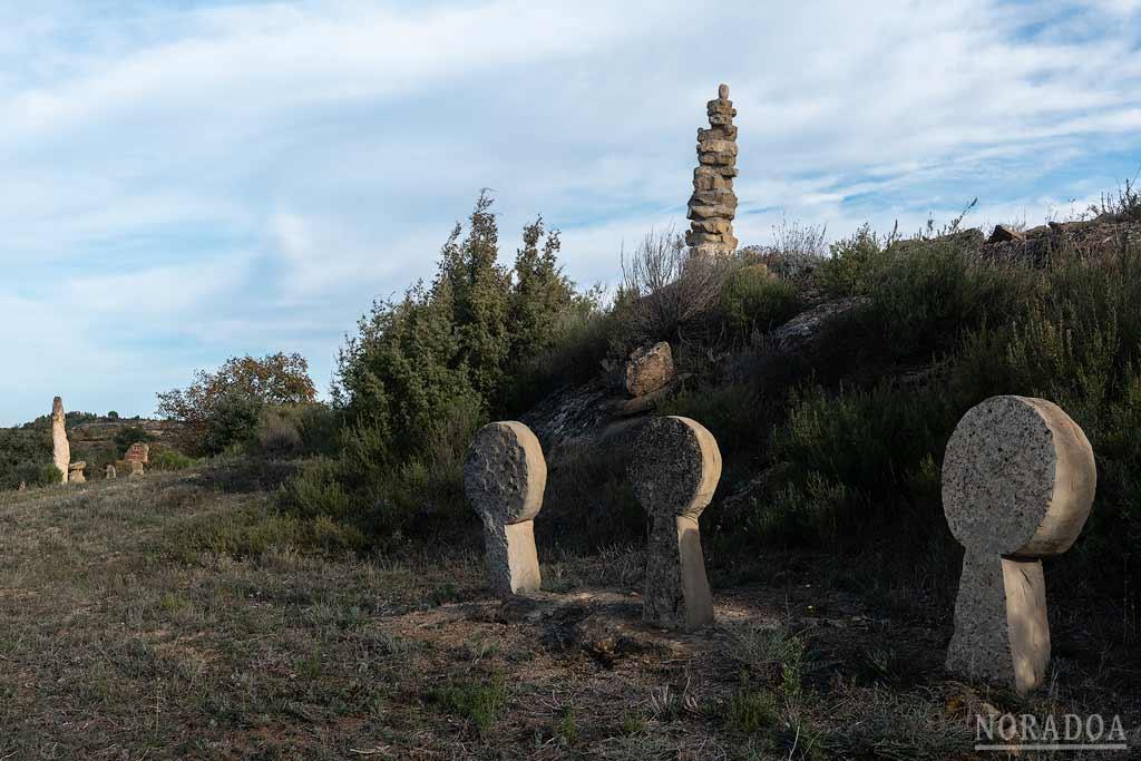 Lápidas en Ibaola Harriak
